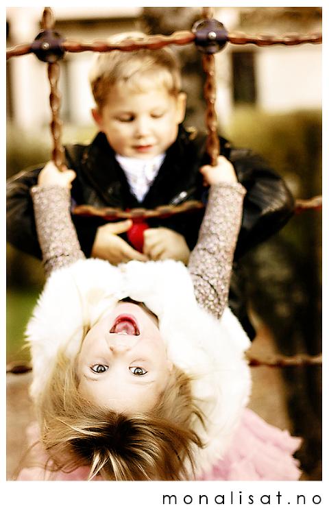 Bilder av barn som leker