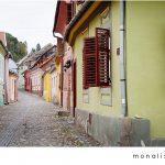 Ni dager i Romania